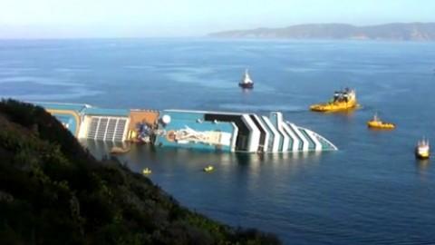 Scuba diver prays Costa Concordia will sink: 'manna from heaven'
